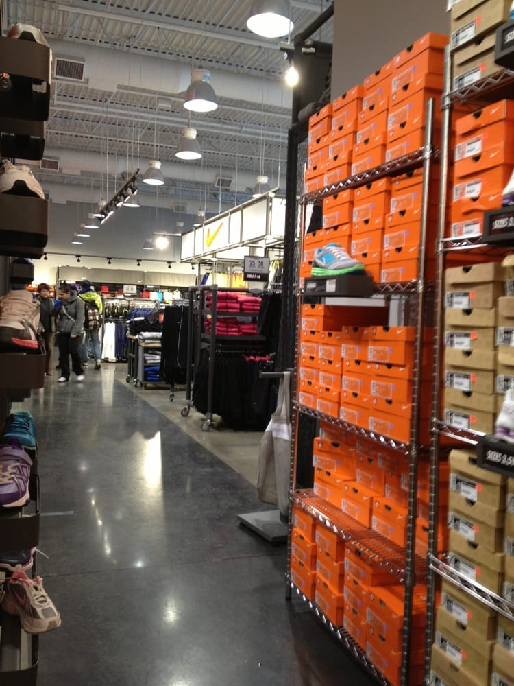 nike factory outlet locations