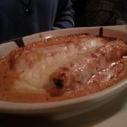 Scalini's Italian Restaurant - Cannelloni Genovese (filled with veal, spinach, cheese, baked in Rosatella sauce) - Smyrna, GA, Vereinigte Staaten