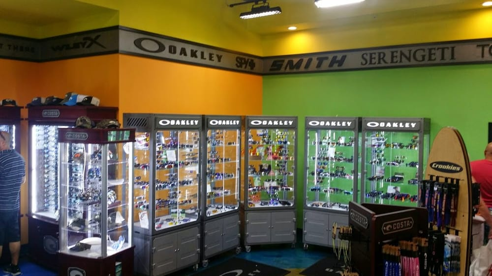 Oakley Stores In Florida