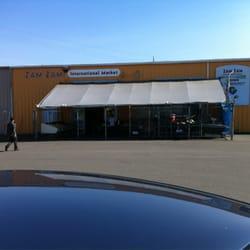 Zam Zam International Market - Front entrance - Everett, WA, Vereinigte Staaten