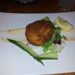 Smoked salmon and spring onion fishcake starter