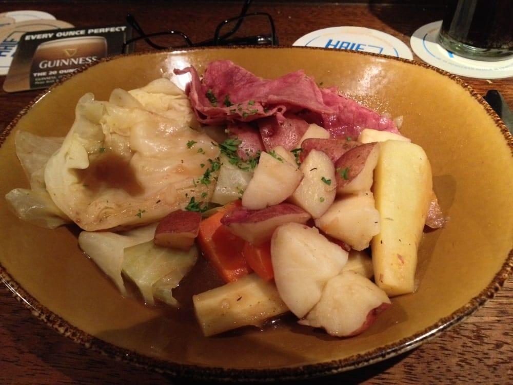 Tigin irish pub restaurant 39 fotos irisches for Elite motors stamford ct