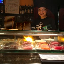Tokyo Restaurant - Redlands, CA, États-Unis. Worlds best sushi!!!! We absolutely LOVE LOVE LOVE this place!!