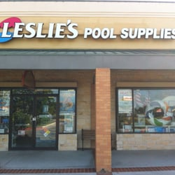 Leslie's Swimming Pool Supplies logo