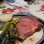 Goose The Market - And with some fresh veggies, garlic bread and a glass of red! - Indianapolis, IN, Vereinigte Staaten