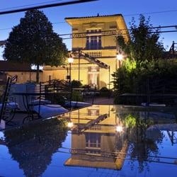 Hostellerie de Plaisance - Saint Emilion, Gironde, France. Hostellerie de Plaisance