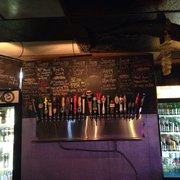 Barracuda Bar & Grill - Draft beer selection. Much more in bottles I couldn't capture. - Coconut Grove, FL, Vereinigte Staaten