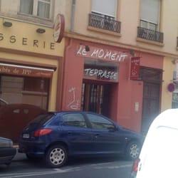 Le Moment, Lyon
