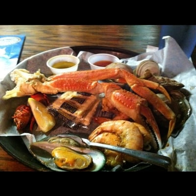 Steamed killer crab mussels craw fish oysters shrimp for Lawrence s fish and shrimp