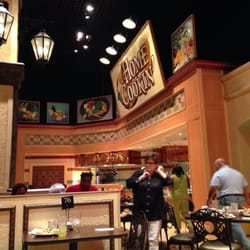 Horseshoe casino village square buffet