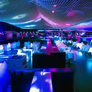 Queen Vip area : booking tables +33678010612