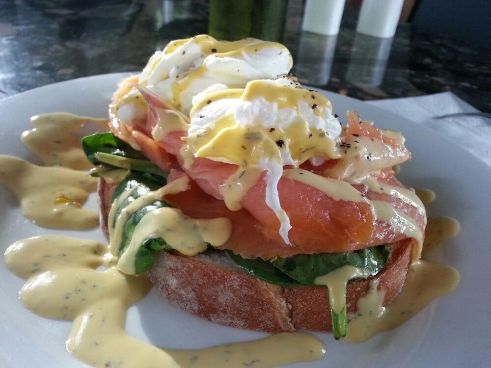Melange cafe bar restaurant cafes spring hill for Australian cuisine brisbane