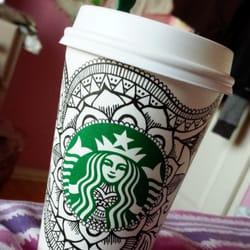 Starbucks - Daly City, CA, États-Unis. Aaaaand today I had an earl gray latte with soy today and swirlz.
