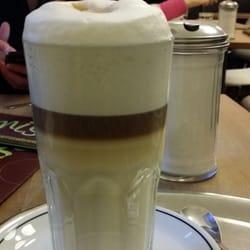 Latte Macchiato. Nicht gerade billig…