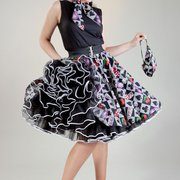 Tellerröcke mit Petticoats im Rockabilly…