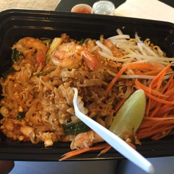 Ayara thai cuisine pad thai with shrimp los angeles for Ayara thai cuisine