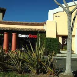 GameStop Simi Valley,CA by Yolanda P.