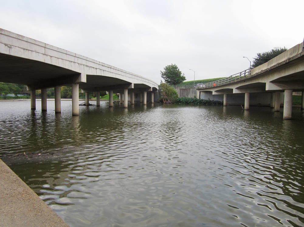 Lake Dallas (TX) United States  city photos gallery : Bachman Lake Park Dallas, TX, United States. Lemmon Avenue bridges ...