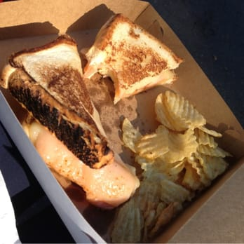 Grilled Cheese Bandit - 10 Photos - Food Trucks - Redwood ...