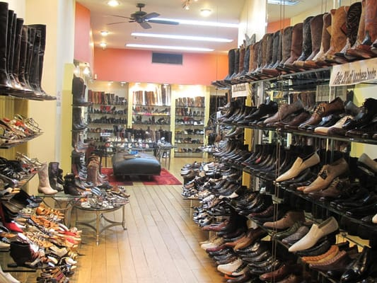 Downtown and TJ Maxx Plaza:payless shoe stores locations, payless shoe stores locations mn
