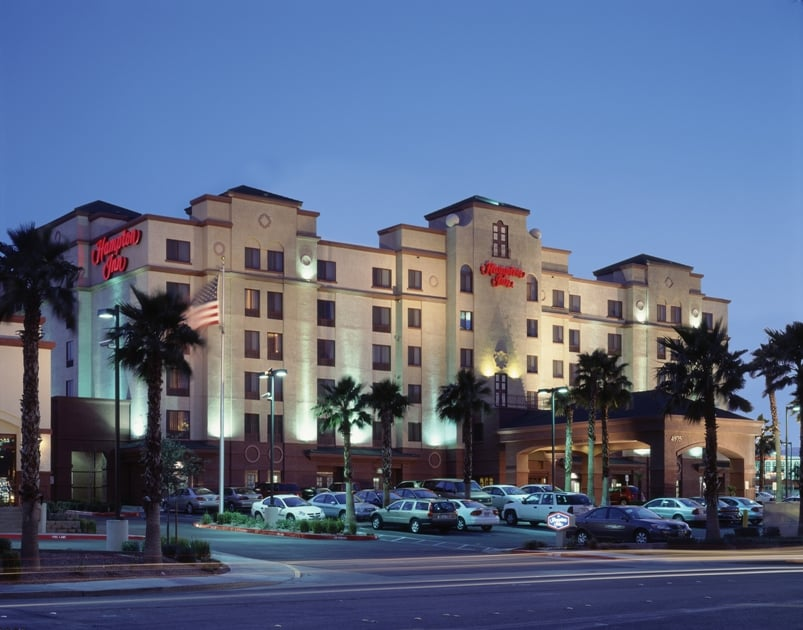 hampton inn tropicana hotels las vegas nv reviews. Black Bedroom Furniture Sets. Home Design Ideas