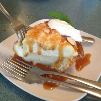 Mr fish myrtle beach sc united states coconut grit pie for Mr fish myrtle beach menu