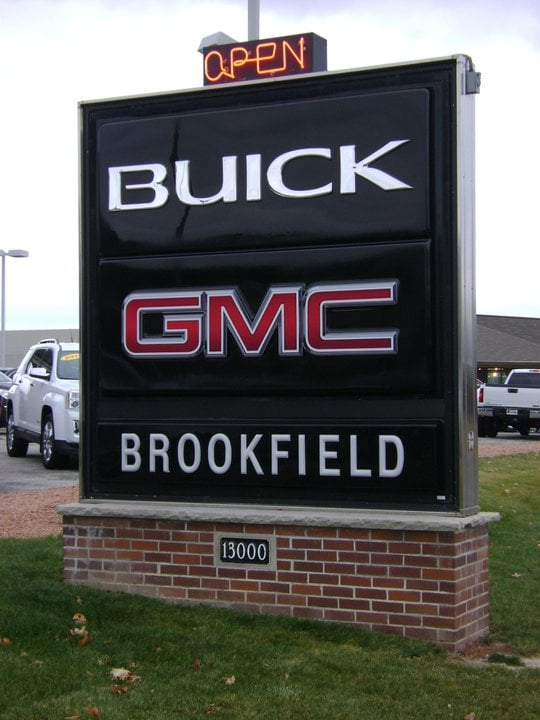 Brookfield (WI) United States  city photos : Brookfield Buick GMC Car Dealers Brookfield, WI, United States ...