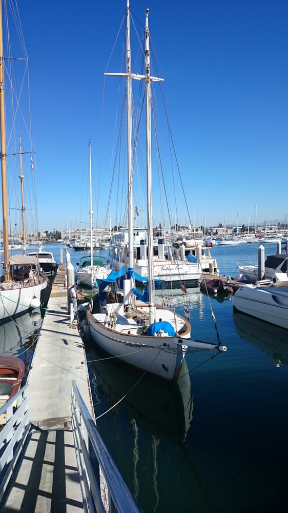 Driscoll boat works 42 photos boat repair point loma for Outboard motor repair san diego