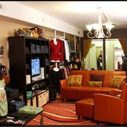 Chicago urban clothing stores. Clothes stores