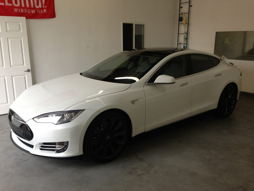 tesla with huper 70 frt windshield tint clear with 99 uv. Black Bedroom Furniture Sets. Home Design Ideas