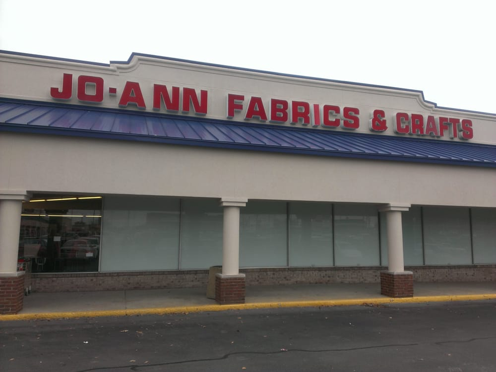 Jo ann fabric and craft fabric haberdashery 125 e for Joann craft store hours
