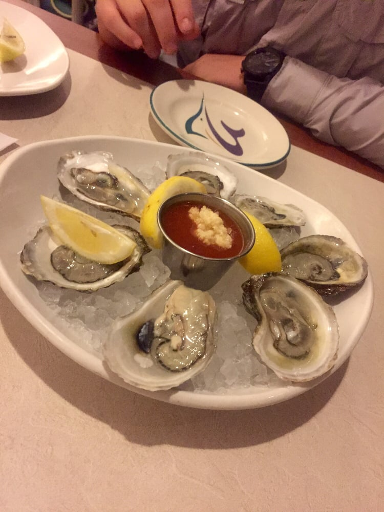 Oysters on the 1 2 shell yelp for Anthony s fish grotto san diego