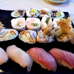 Kisaku Sushi logo