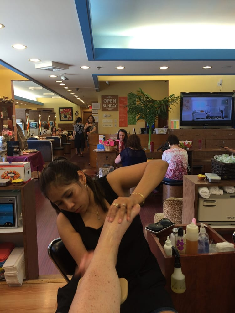 Paradise Total Spa and Nails - 31 Photos - Nail Salons - 477 State ...