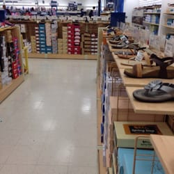 Did you know that Marshalls carries shoes for the whole family, but TJ Maxx only carries shoes for women