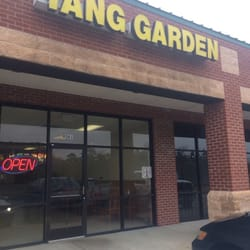 Yang Garden Chinese Restaurants 9561 Cliffdale Rd Fayetteville Nc United States