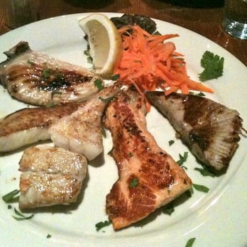 Mixed grilled fish platter, Feb 2011