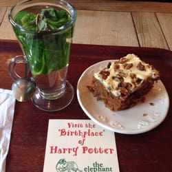 Fresh mint tea & carrot cake