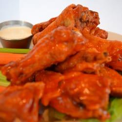 Prairie House Tavern - Jumbo Buffalo Wings - Buffalo Grove, IL, Vereinigte Staaten