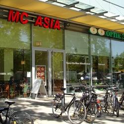 MC Asia, Berlin