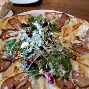 California Pizza Kitchen 192 Photos Pizza Riverside Ca United States Reviews Menu Yelp