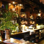 Two Fat Ladies at The Buttery - Lovely old bar in front sitting area - Glasgow, Vereinigtes Königreich