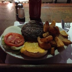 Donovan's Pub - The Real Deal...Dollar for Dollar the CHAMP in NYC!!! - Woodside, NY, Vereinigte Staaten
