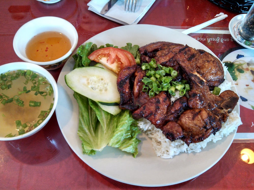 Pho hang 67 foto cucina vietnamita 30921 dequindre for Cucina vietnamita