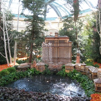 Conservatory botanical garden botanical gardens the for Garden statues las vegas nv