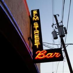 Elm Street Bar logo