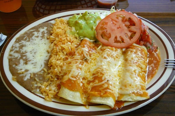 Enchiladas With Rice And Beans Enchiladas Platter w rice