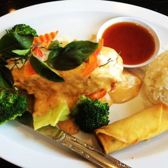 Boonsee Thai Kitchen 128 s & 308 Reviews Thai