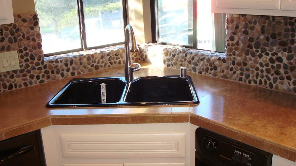 Kitchen Counter-top Travertine with pebble stone ...
