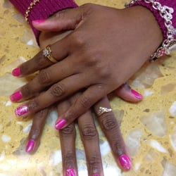 Shellac Nails by Keaunis G.